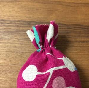 赤ちゃん 手作り おもちゃ キャンディガラガラ