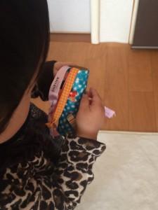 赤ちゃん 手作り おもちゃ 引っ張る リボンプル